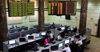 Spanish ambassador and Mohammad Omran inaugurate the stock exchange session today