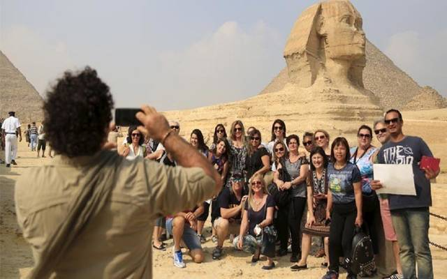 The Egyptian government denies forcing tourists to use domestic aviation