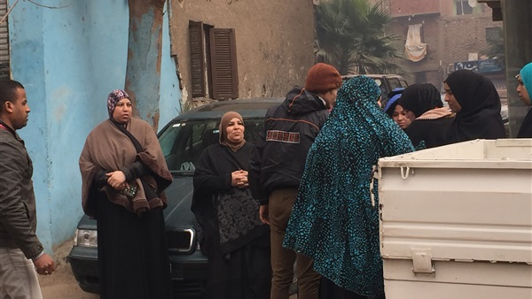 Heavy demand for Atef Aweys School during the first hours of the supplementary elections in Giza
