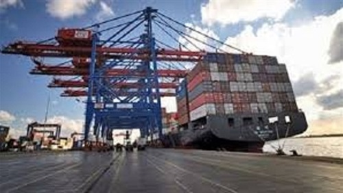 $ 555 million in food exports during April