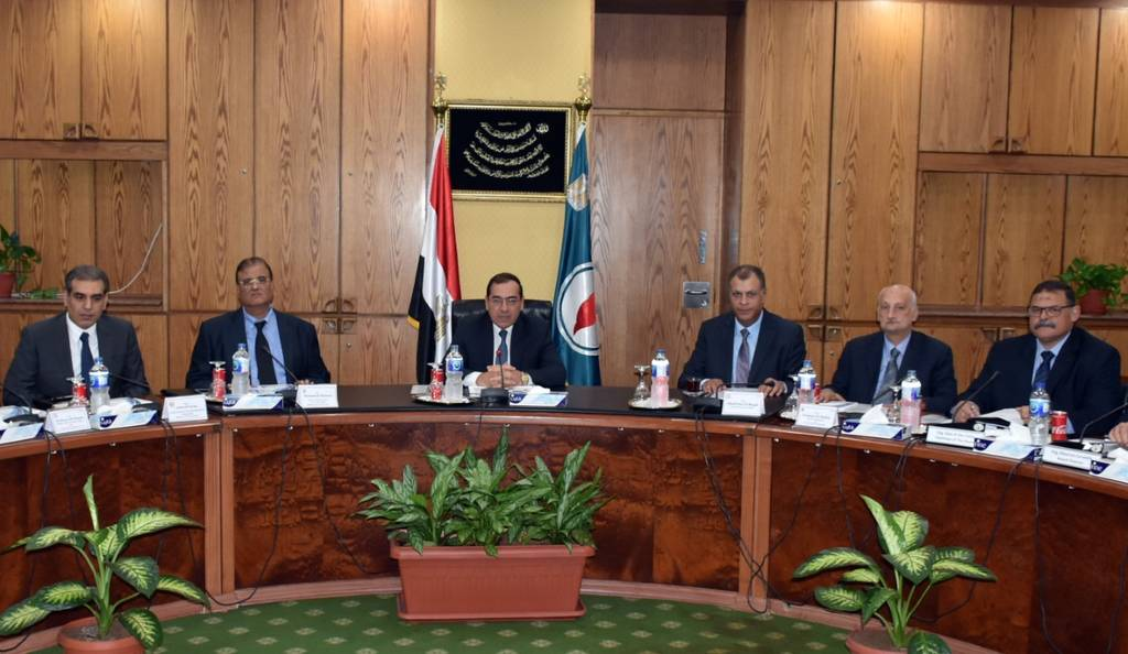 Abu Bakir Petroleum: $ 9 million reduction in investment cost during 2016-2017