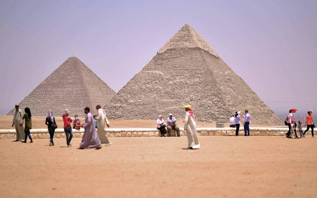 Egyptian tourism warns companies against layoffs and stresses: firm measures to preserve them