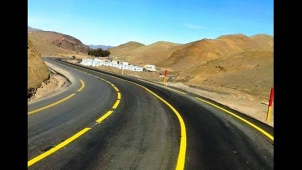 Arab contractors finish the implementation of the new Al-Alamain road for 38 km