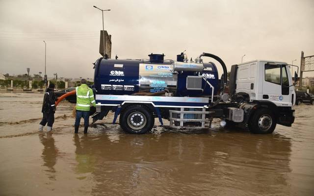 The Egyptian government is forced to cut drinking water to absorb heavy rains